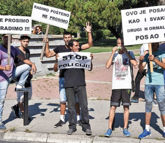 Protesti e Roma taro Kraguevac-Srbija